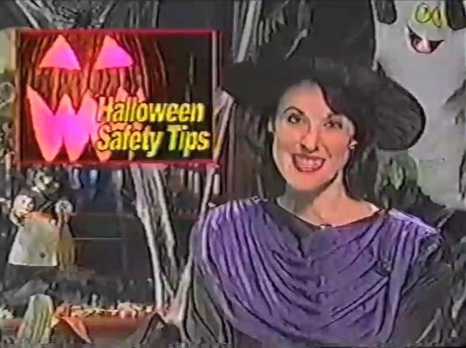 wnuf-halloween-special-2013-00-04-10